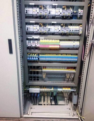 automacao-industrial-quadros-de-comando-e-potencia-img1